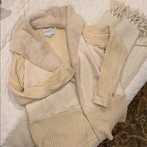 Super cute cardigan! Very warm!